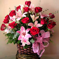 Roses & Lilies Basket, Acarigua